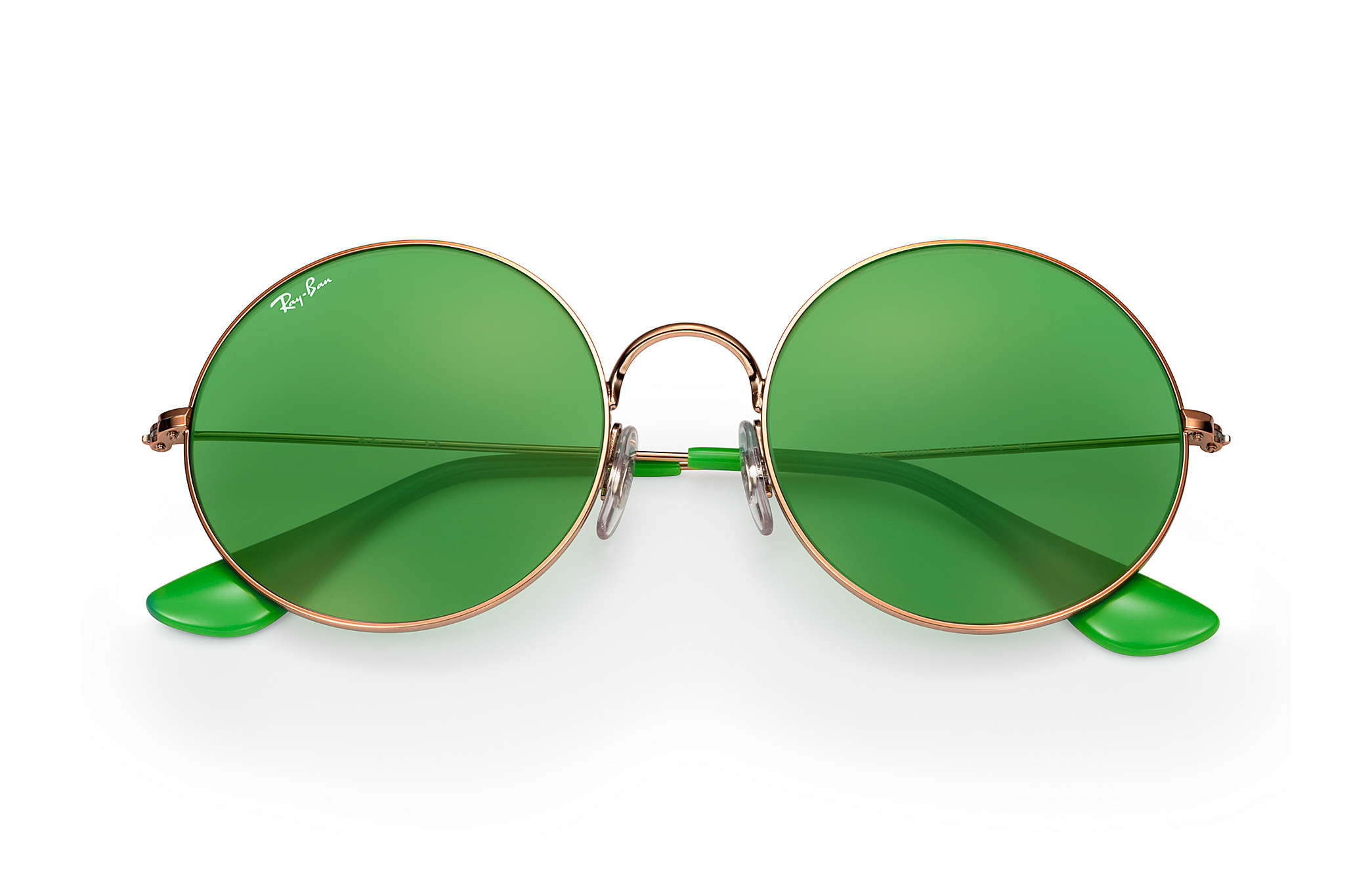 e00eb2a5e2e6 It's not only sunglasses that Ray-Ban are rocking right now. The retro  inspired Ja-Jo is also available in an optical frame, oversized and round,  ...