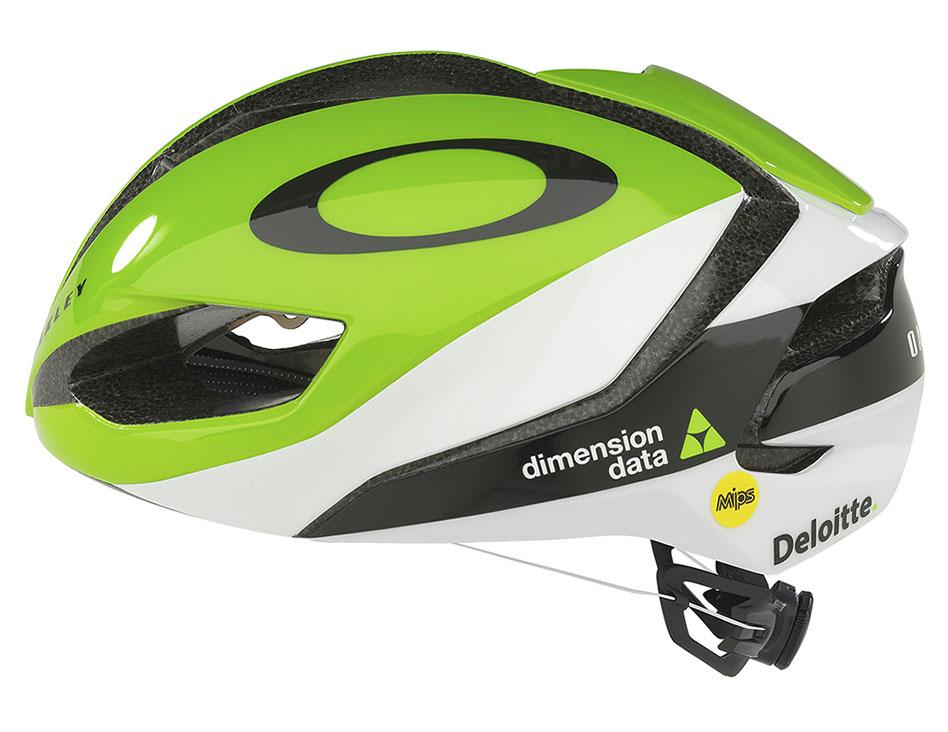 a423b75a930 Oakley ARO3 Road Bike Helmet – £149.99