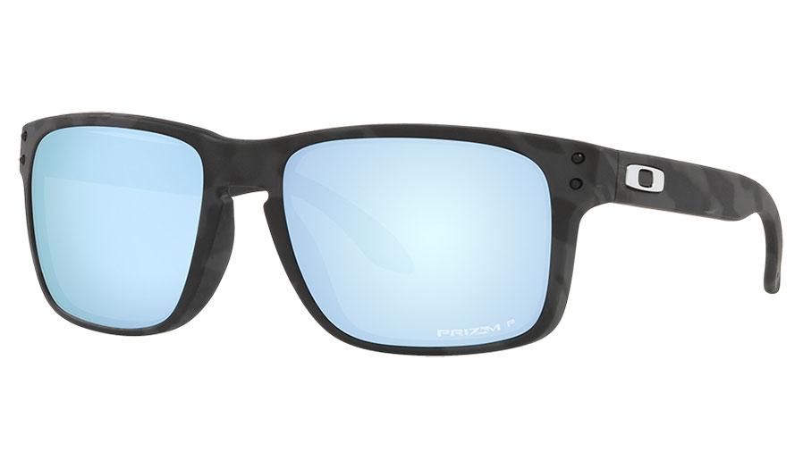 Oakley Holbrook Sunglasses - Matte Black Camo / Prizm Deep Water Polarised