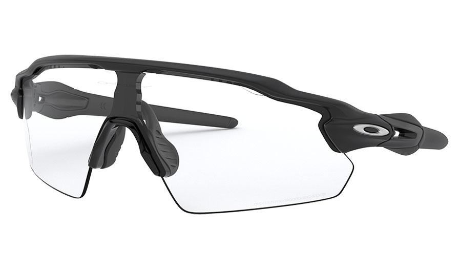 Oakley Radar EV Pitch Sunglasses - Matte Black / Clear Black Iridium Photochromic