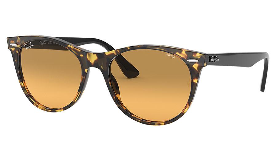 Ray-Ban RB2185 Wayfarer II Sunglasses - Yellow Havana & Black / Orange Gradient Evolve Photochromic