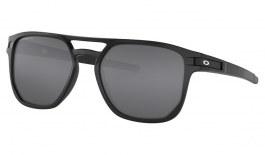 Oakley Latch Beta Sunglasses - Matte Black / Prizm Black Polarised