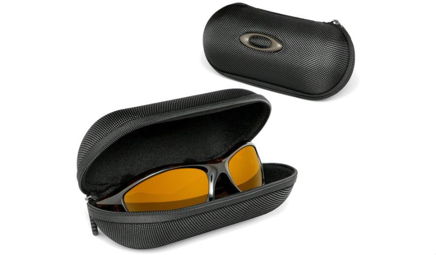 Oakley Latch Squared >> Oakley Cases Soft Vaults - Large Soft Vault / Black