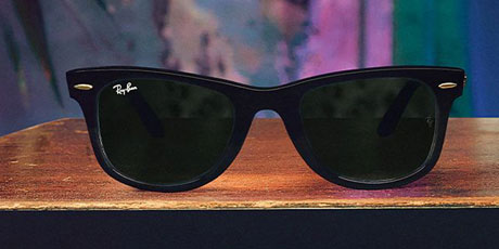Ray-Ban Lens Technology - The Ray-Ban Logo